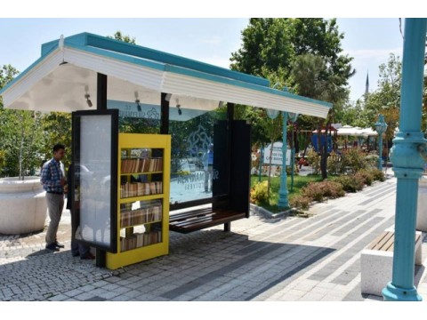 Süleymanpaşa Belediyesi kitap durağını hizmete sundu